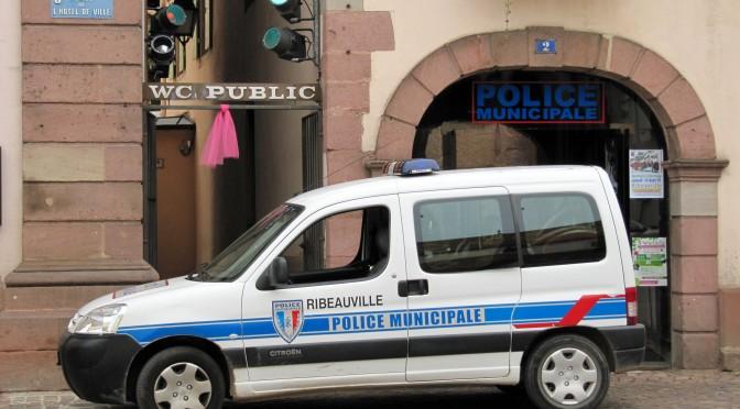 Antibes: politia a intrerupt o expulzare violenta a unor rromi