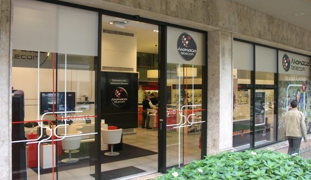 Jumatate din salariatii Monaco Telecom in strada