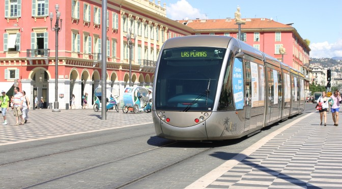 Nisa: A debutat constructia tunelului pentru tramvai